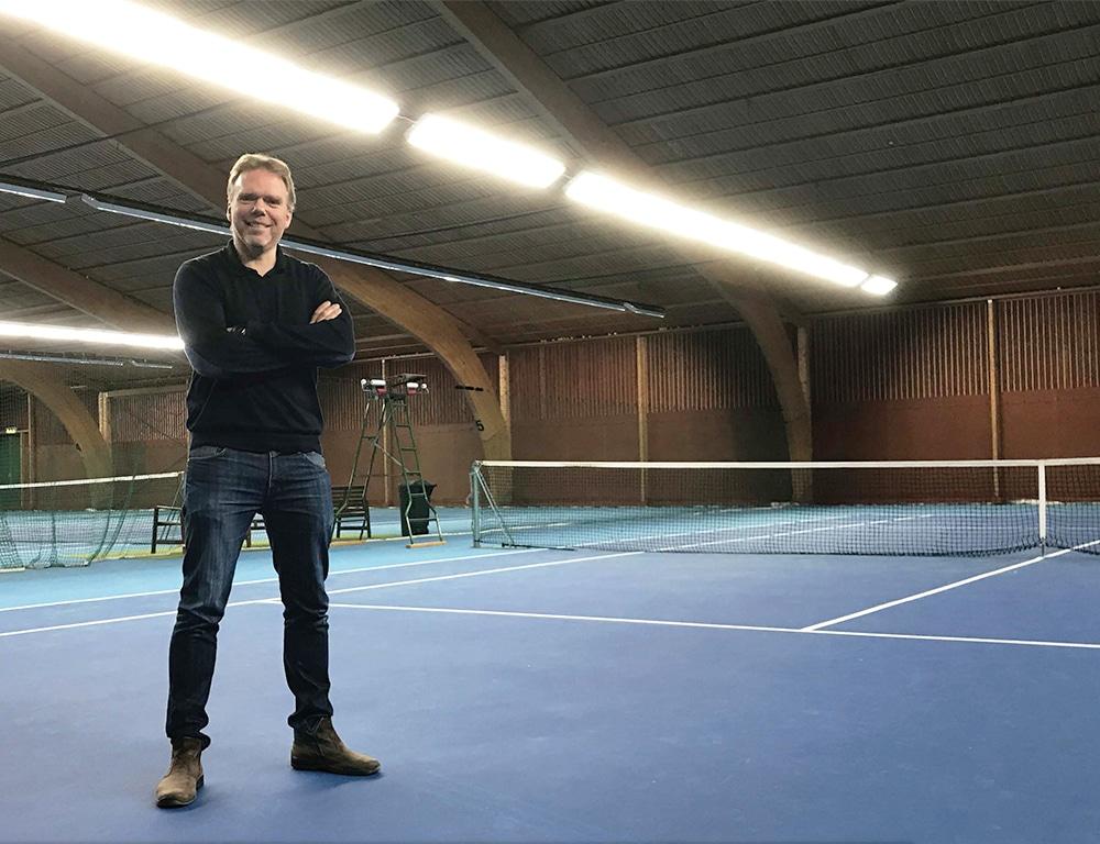 Valtavalo uudisti Sportarenan AB:n tennishallien valaistuksen.
